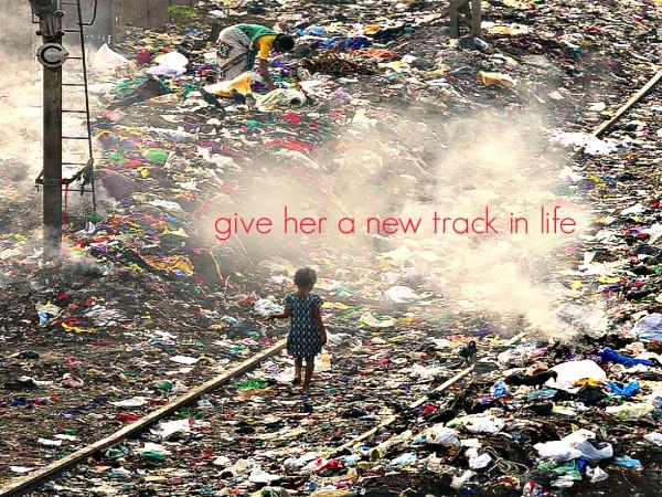 Girl IN Mumbai INdia's dump 1714- 1200